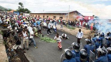 Manifestation d'opposants à un troisième mandat du président Nkurunziza à Bujumbura, le 13 mai 2015
