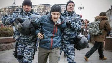 Plusieurs centaines de manifestants anti-Poutine arrêtés dans toute la Russie