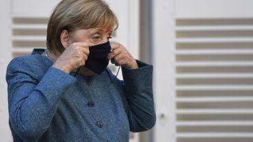 Le 1er août, quelque 20.000 personnes avaient battu le pavé à Berlin selon la police, 1,3 millions selon les manifestants.