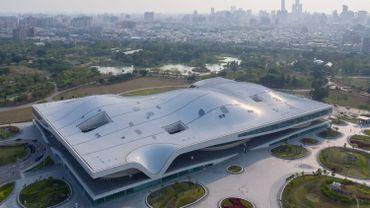 Le National Kaohsiung Center for the Arts, aussi appelé Weiwuying, s'étendra sur 141.000m2 et intègrera cinq salles de spectacle sous un même toit.