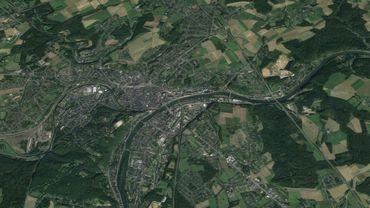 La ville de Namur, où l'on peut remarquer le confluent Sambre et Meuse