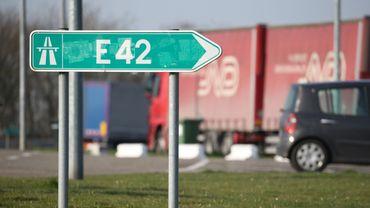 Les automobilistes perdent près d'une heure en direction de Mons.
