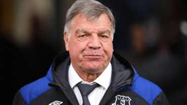 Foot/Angleterre: Everton licencie Allardyce