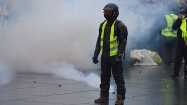 En France, les gilets jaunes et les autorités se sont affrontées dans un troisième acte ce week-end