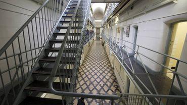 La violence contre les tortionnaires d'enfants, phénomène courant dans les prisons