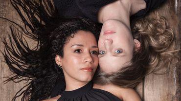 Le duo Rosa: Stephany Ortega, soprano (en bas) et notre invitée, la pianiste Léna Kollmeier.