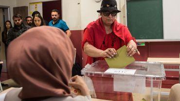 Élections en turquie : ouverture des bureaux de vote