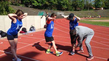 Jacques Borlée en plein travail avec les athlètes malvoyants