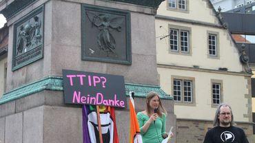 """TTIP: la position de la Commission UE est """"politiquement indéfendable"""" (Illustration)"""