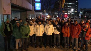 A Liège, les agents sont rassemblés depuis 6h ce matin.