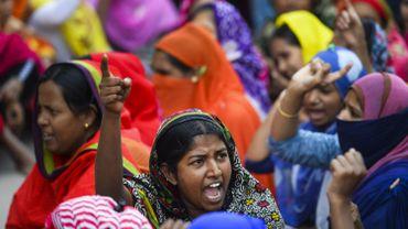 Bangladesh: des centaines d'ouvriers du textile licenciés après la grève