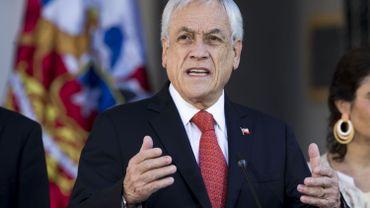 Emeutes au Chili: le président Pinera annonce des mesures anti-casseurs