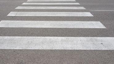 Un conducteur a fauché une passante sur un passage pour piétons dimanche après-midi à Jumet.