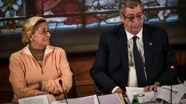France: 7 ans ferme requis contre Patrick Balkany, 4 ans de sursis contre son épouse
