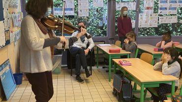 Mons: des musiciens en classe, pour remplacer les concerts