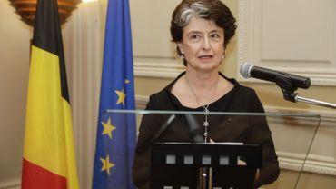 L'ambassadrice française Claude-France Arnould.