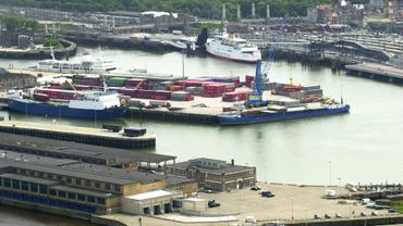 Vue aérienne du port d'Ostende en 2002 (illustration).