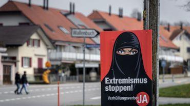 """Suisse: Amnesty dénonce l'interdiction du voile intégral, qui """"discrimine la communauté"""" musulmane"""