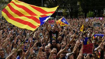Manifestation pro-indépendance à Barcelone le 2 octobre 2017 au lendemain du référendum émaillé de violences