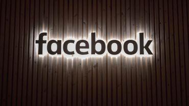 Facebook prépare son mode sombre sur Android