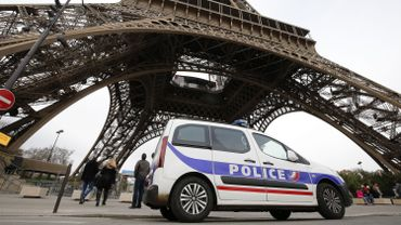 Ces deux identifications, jugées formelles par le procureur dans un communiqué, porte à trois le nombre de ressortissants français qui ont été tués dans ces attentats.