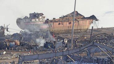 Le port de Beyrouth en ruine, le glas de l'économie libanaise?