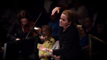 Une femme à la tête de l'Orchestre de l'Opéra Royal de Wallonie