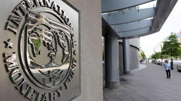 """L'explosion du colis piégé au siège du FMI a """"légèrement blessé"""" aux mains et au visage la secrétaire qui se trouvait dans le bureau"""