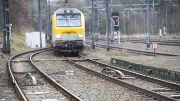 Suppression de trains entre Bruxelles et Liège: le bus de remplacement s'arrête en Flandre (illustration)