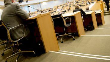 La dernière séance plénière au Parlement de la Fédération Wallonie-Bruxelles s'est tenue ce jeudi