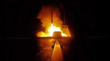 Photo réalisée par la Défense française le jour des frappes aériennes occidentales.