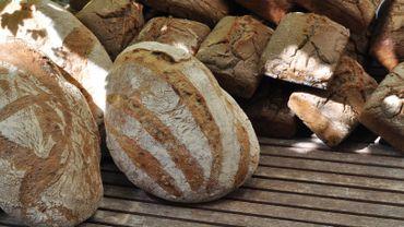 Le Pain Levé s'est lancé le pari de vendre des pain de grande qualité à des bruxellois moins aisés