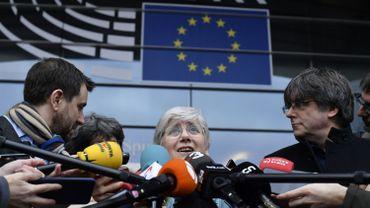 Clara Ponsati devant le parlement européen, ce 05 février à Bruxelles