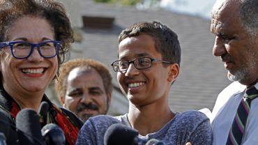 Ahmed Mohamed, lors de la conférence de presse qui a suivi son interrogatoire par la police texane.