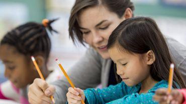 Des enseignants inspirants font de nous des adultes plus heureux