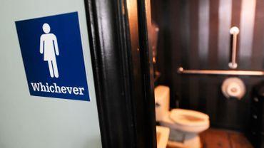 Une toilette utilisable par les personnes de tous les genres