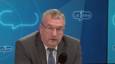"""Pierre-Yves Jeholet enterre la réforme des APE: """"Je suis réaliste, je pense qu'elle est reportée"""" à la prochaine législature"""