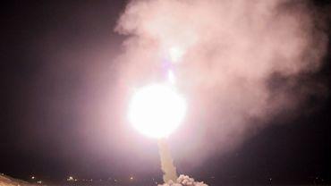 """L'Iran tirerait des missiles contre """"des bases de terroristes"""" en Syrie"""