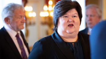 """Les syndicats du personnel de soin """"consternés"""" par l'attitude de la ministre Maggie De Block"""