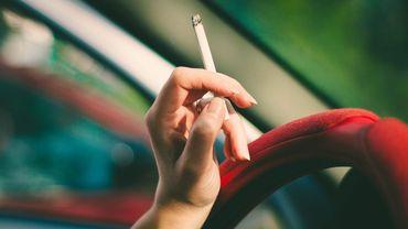 Selon l'Organisation mondiale de la Santé (OMS), le tabac tue chaque année au moins 8 millions de personnes