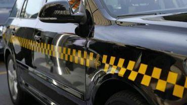 Les damiers sont désormais obilgatoires sur les taxis bruxellois