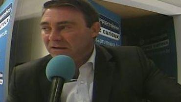 D. Ducarme - L. Onkelinx: majorité et opposition à couteaux tirés