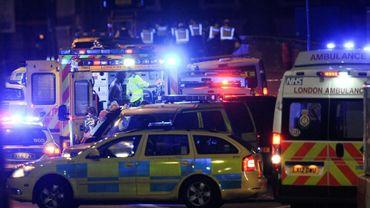 Des secouristes sur le site d'un attentat à Londres, le 3 juin 2017