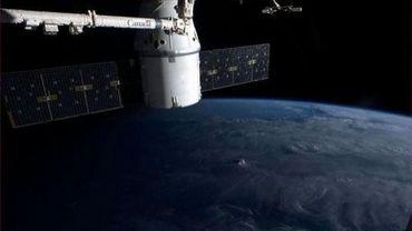 Image fournie par la Nasa, montrant la capsule Dragon photographiée depuis la station spatiale internationale (ISS), le 9 mars 2013