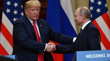 Lors de la conférence de presse qui avait suivi leur rencontre en Finlande lundi dernier, le locataire de la Maison Blanche avait semblé exonérer la Russie des accusations d'ingérence dans l'élection qui l'a porté au pouvoir en 2016, mettant en doute les évaluations des services de renseignement américains.