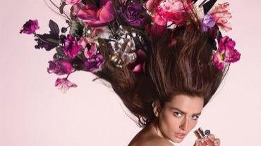 Viktor&Rolf revisite le viuel de 'Flowerbomb' avec la participation d'Andreea Diaconu