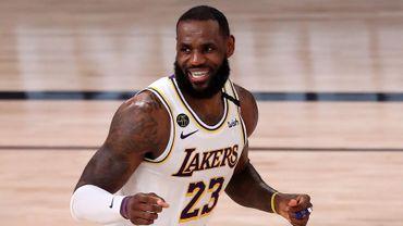 NBA : LeBron James dans l'équipe de la saison pour la 16e fois, record absolu