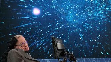 """""""Mon objectif est simple"""" a dit Stephen Hawking: """"C'est la compréhension totale de l'Univers""""."""