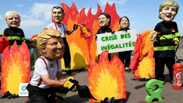 Premiers heurts en marge du G7: 17 interpellations, 4 policiers légèrement blessés
