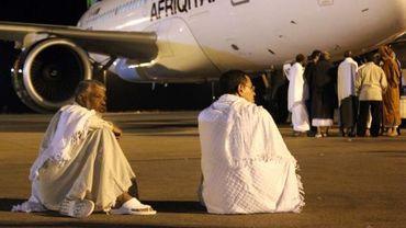 Des pèlerins bloquent un avion à Benghazi